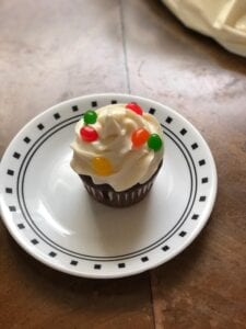 Jelly bean cupcakes are perfect for Easter or spring and easy for kids to make!